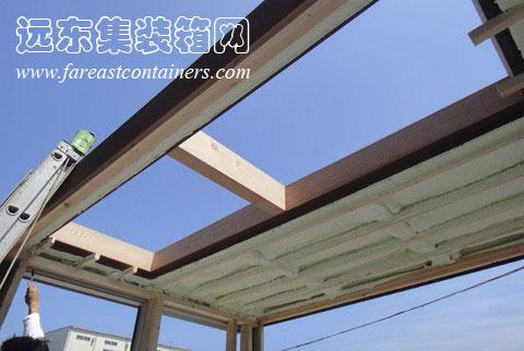 重新设计了建筑结构以及连接箱体的构件